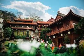 Mơ thấy đền chùa